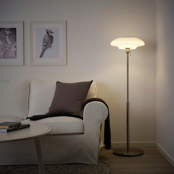TÄLLBYN اضاءة ارضية, طلاء - نيكل/أبيض أوبال زجاج, 135 سم