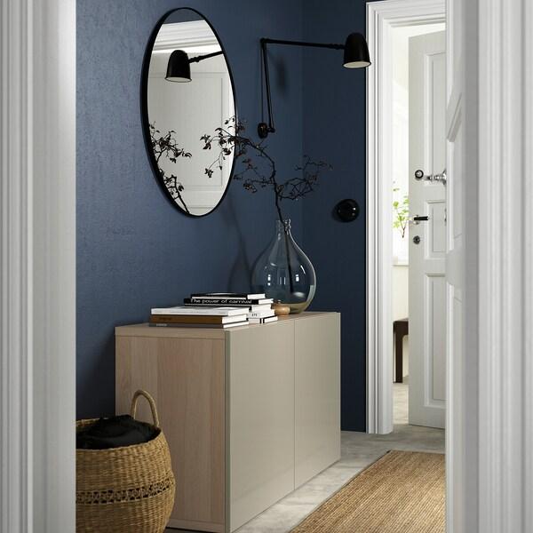 BESTÅ Emmagatzematge amb portes, efecte roure tenyit blanc/Selsviken brillant/beix, 120x42x65 cm