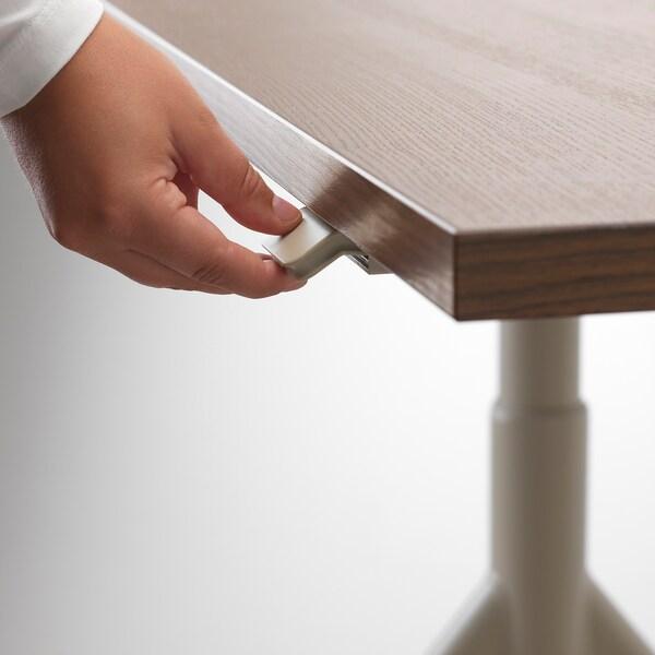 IDÅSEN Desk sit/stand, brown/beige, 120x70 cm