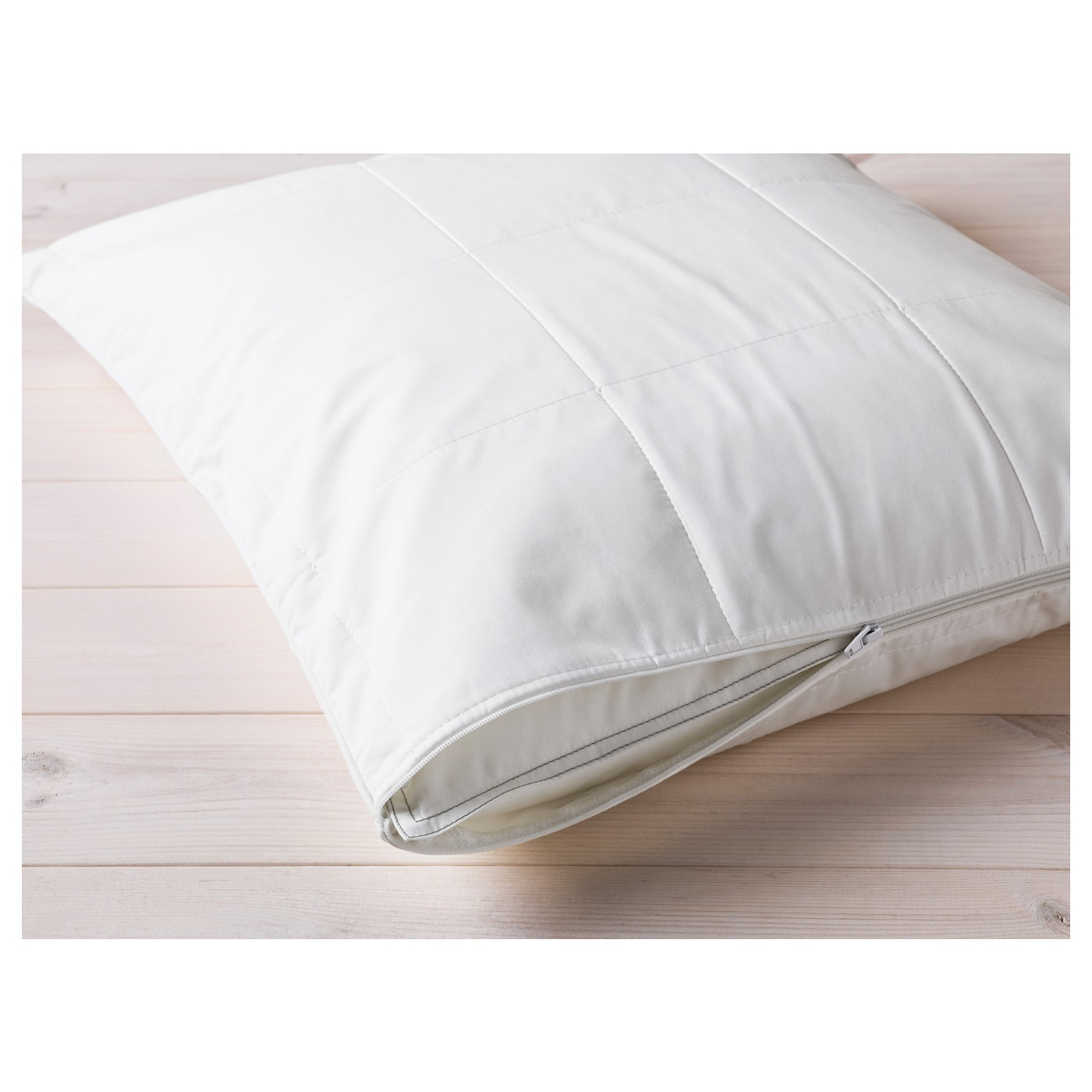IKEA KUNGSMYNTA pillow protector Protects from stains and dirt and prolongs the life of your pillow.