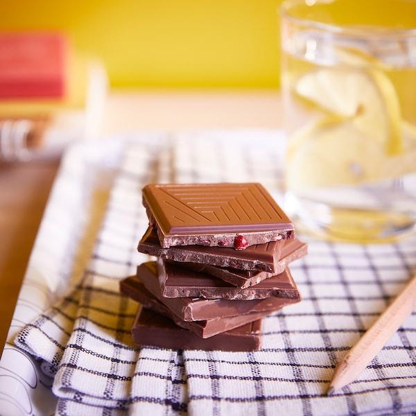 BELÖNING Tableta chocolate con leche, arándano rojo certificado UTZ, 100 g