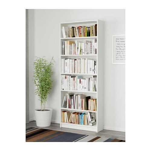 BILLY Librería IKEA Baldas regulables. Adapta el espacio entre las baldas según tus necesidades.