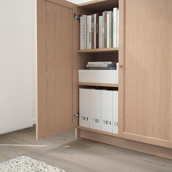 BILLY / OXBERG librería con puertas chapa roble tinte blanco 80 cm 30 cm 106 cm 30 kg