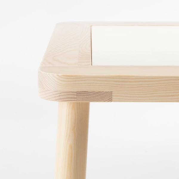 IKEA FLISAT Mesa para niños