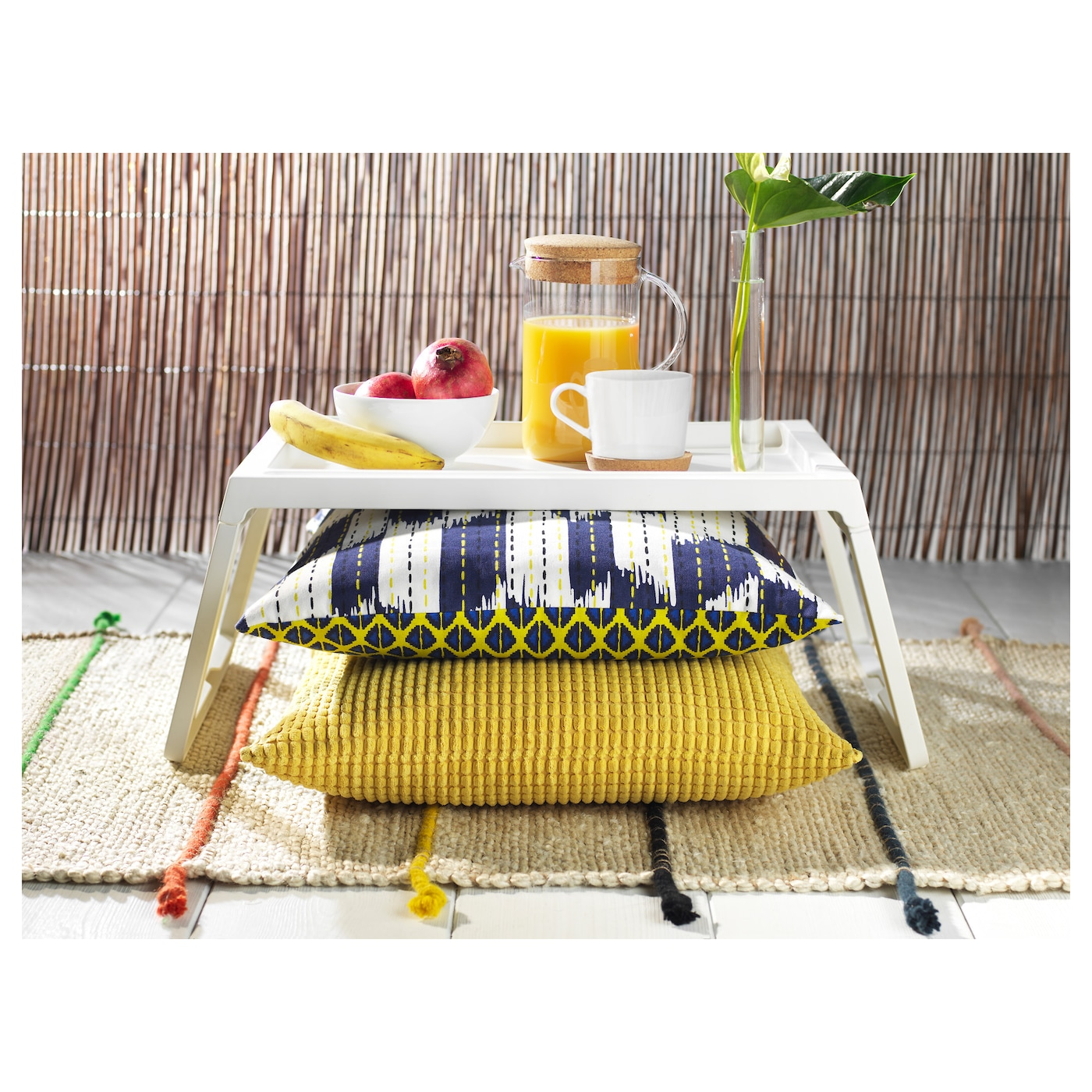 Ikea klipsk bandeja de cama al tener las patas plegables la bandeja ocupa  poco jpg 2000x2000 fc3d045a7072