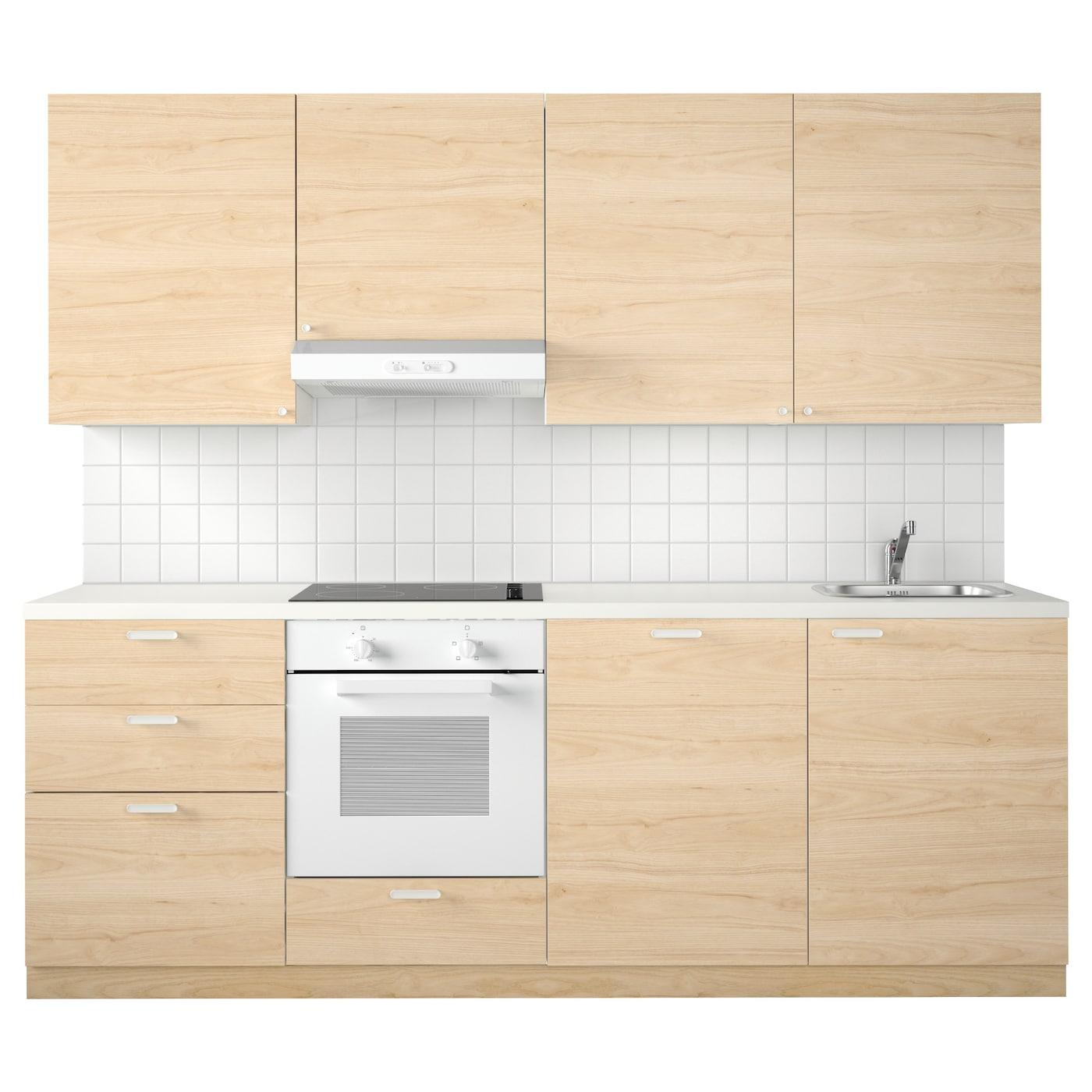 IKEA METOD cocina Con baldas regulables para que puedas adaptar el espacio  a tus necesidades. a38778cbddbe