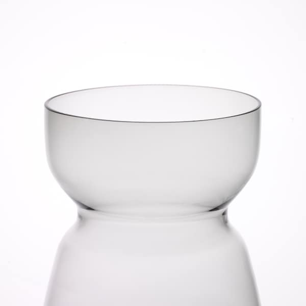 OMTÄNKSAM florero / jarrón gris claro 18 cm 14.5 cm