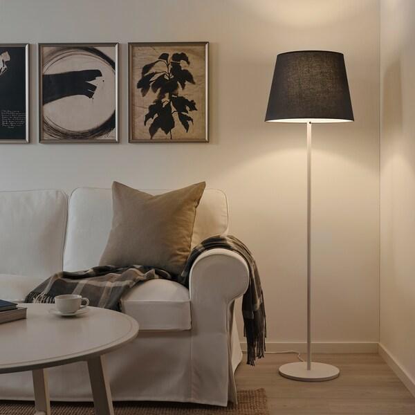 cómo colocar pantalla lampara de pie ikea