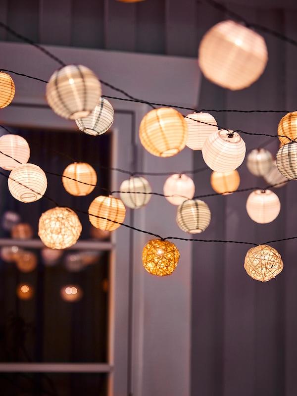 SOLVINDEN Guirnalda LED 12 bombillas, a pilas/blanco beige