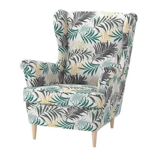 STRANDMON Butaca d'orelles IKEA. El respatller alt d'aquesta cadira t'ofereix un suport òptim per al coll i, per tant, afavoreix el relax.