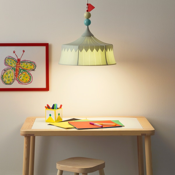 TROLLBO Lámpara de techo, verde claro