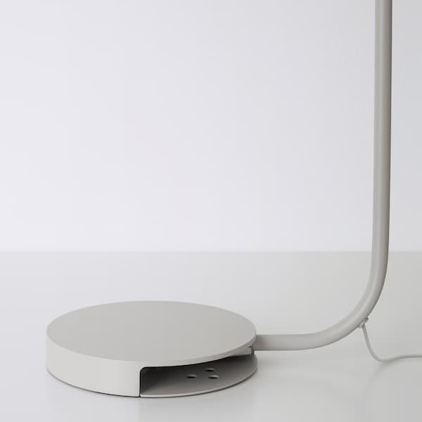 YPPERLIG Lámpara mesa, gris claro