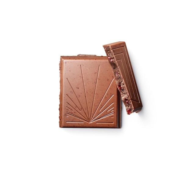 BELÖNING Barra chocolate con leite, arando vermello certificado UTZ, 100 g