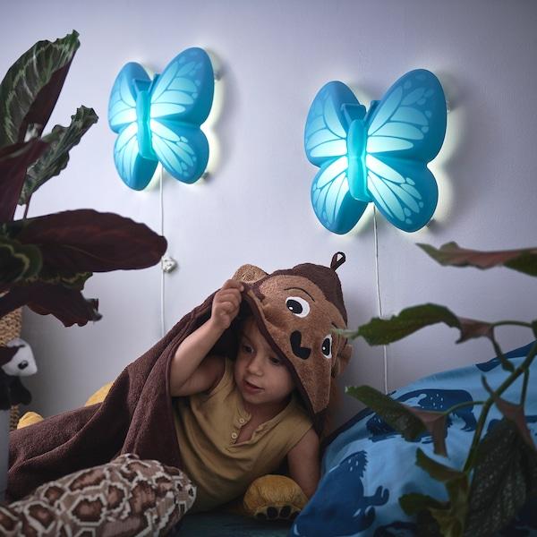 UPPLYST Lámpada parede, bolboreta azul claro