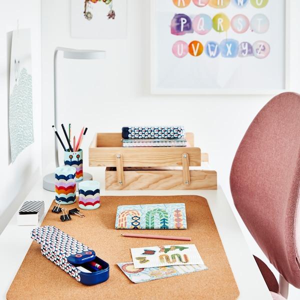 SUSIG Schreibtischunterlage aus Kork.