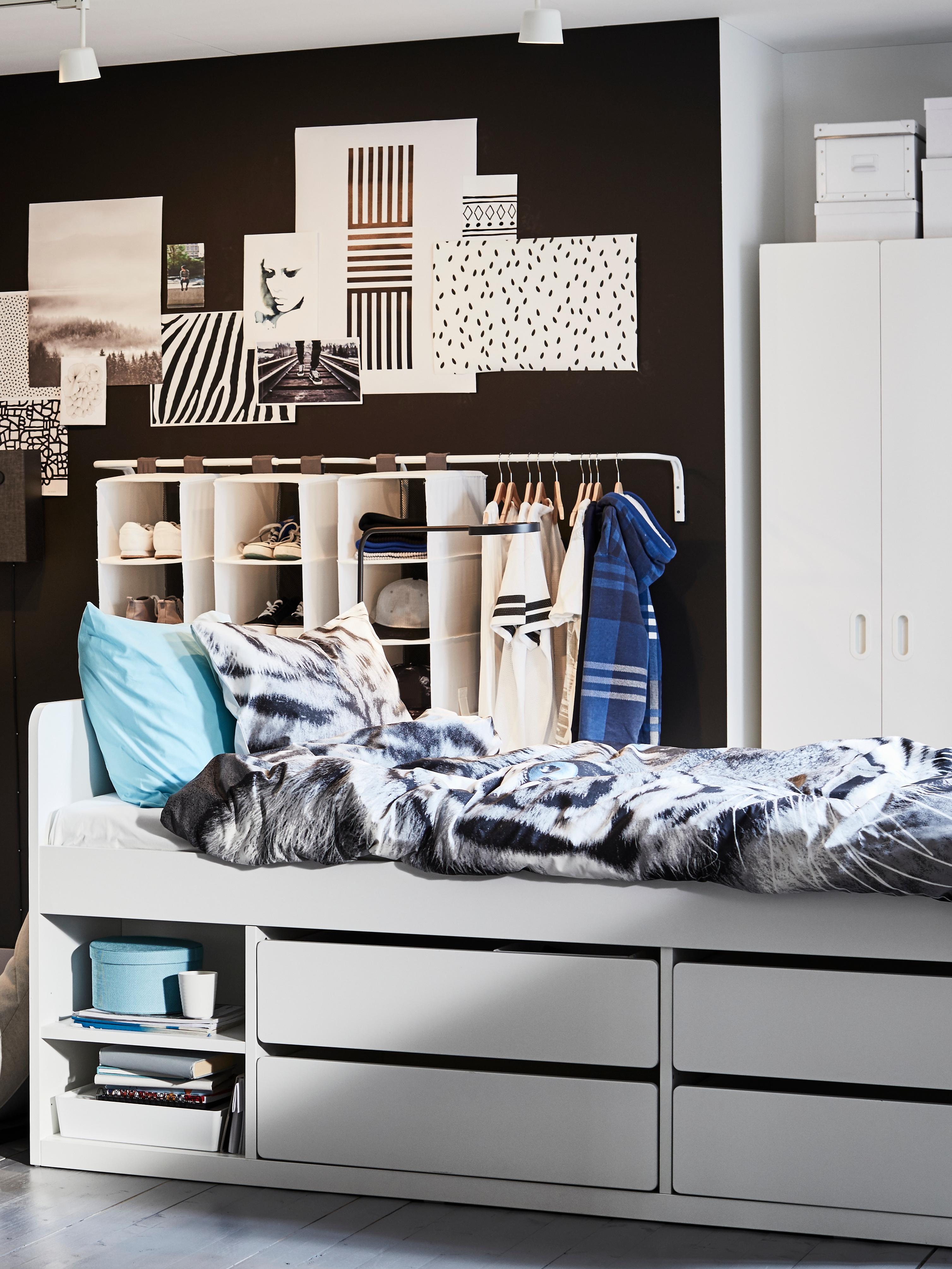cadre-lit-avec-rangements-tiroirs-SLÄKT