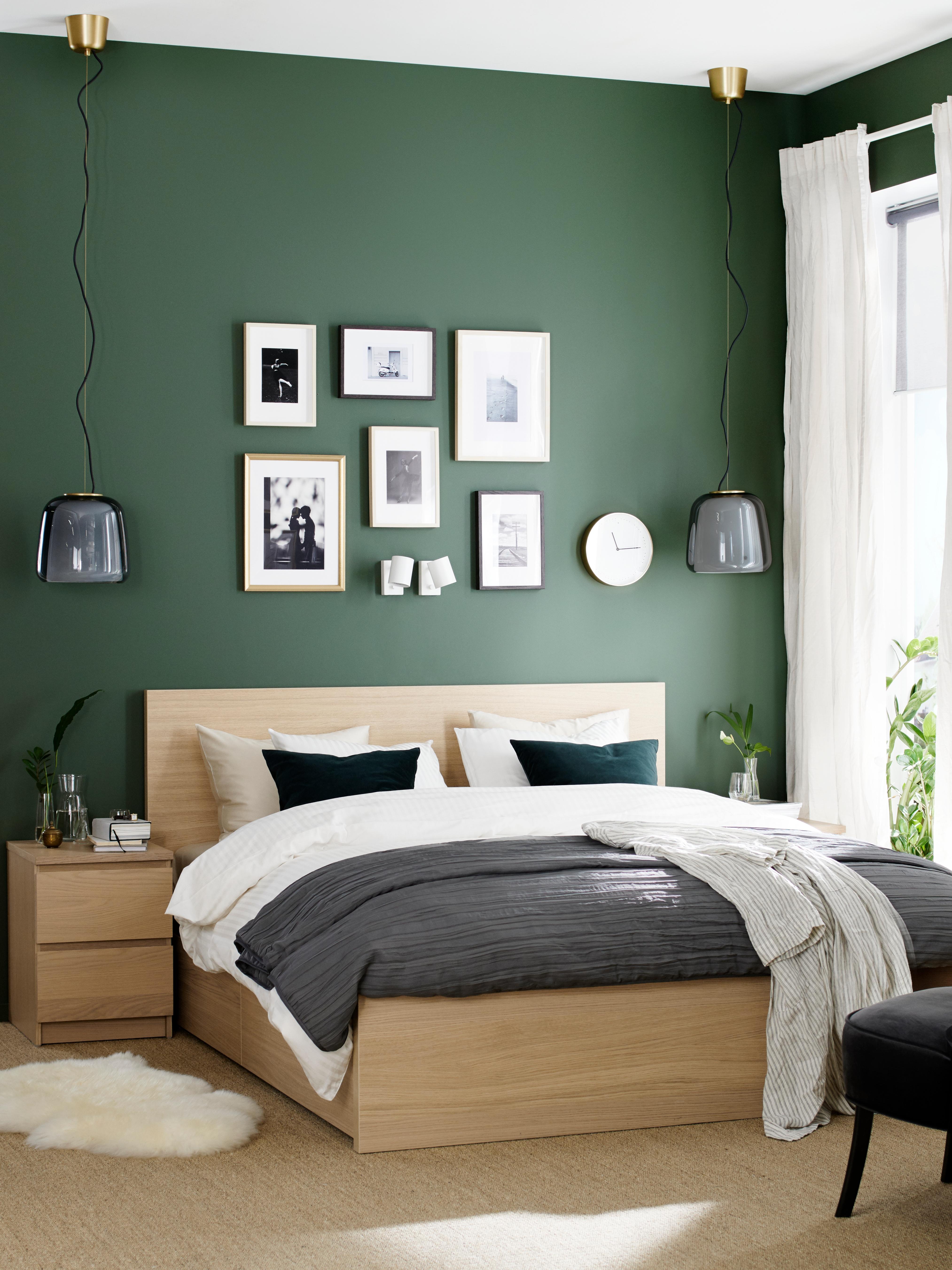 chevet-cadre-de-lit-teinté-blanc-plaqué-chêne-MALM
