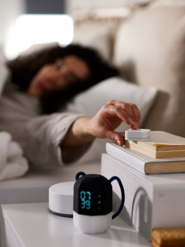 Bedroom with SYFONISK speaker and alarm clock  that slowly wake you