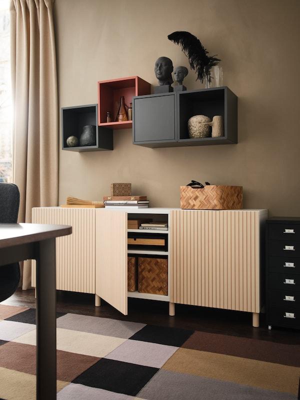 Mueble de salón BESTÅ en color chapa abedul