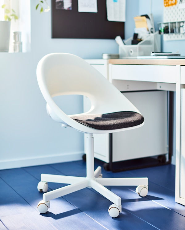 Sedia girevole con scrivania - IKEA
