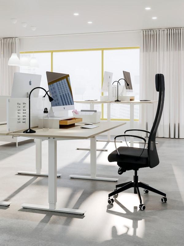 Trotten skrivbord