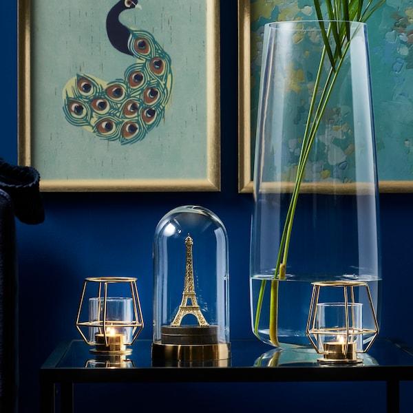 BEGÅVNING dome glass as miniature display.