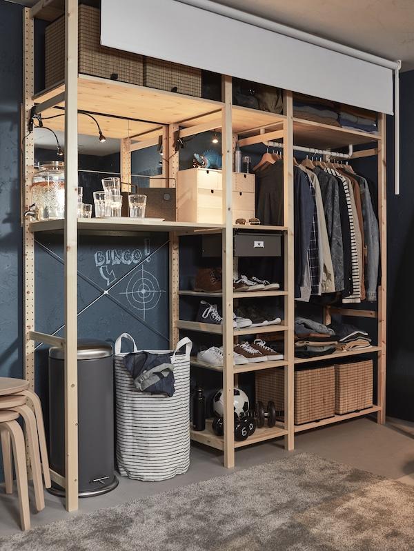 Combinaison meuble dressing IVAR et store FRIDANS