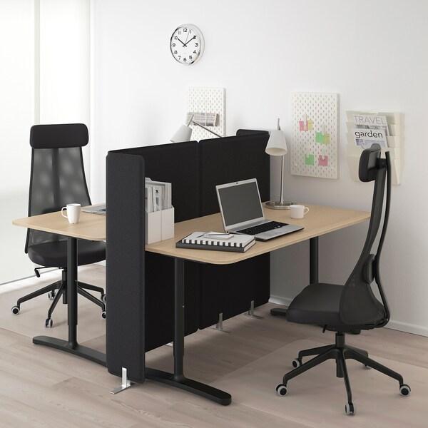BEKANT työpöytä ja väliseinä vaaleaksi petsattu tammiviilu/musta 120 cm 160 cm 160 cm 65 cm 85 cm 100 kg