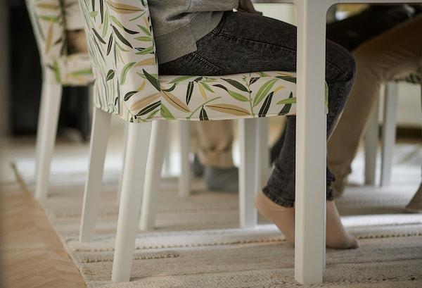 BERGMUND Tuoli, valkoinen/Fågelfors monivärinen