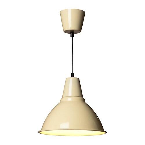 FOTO Kattovalaisin IKEA Antaa miellyttävän kohdistetun valon ruokapöydän ylle.
