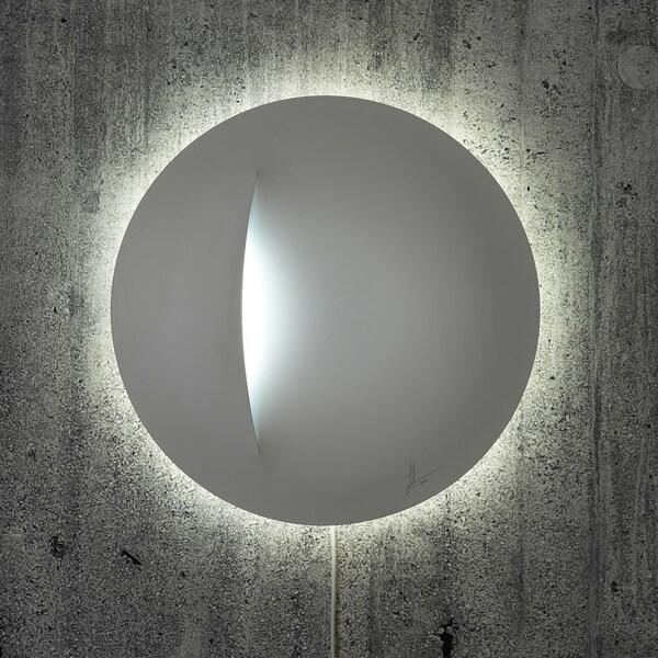 IKEA ART EVENT 2021 Led-seinävalaisin, valkoinen, 40 cm