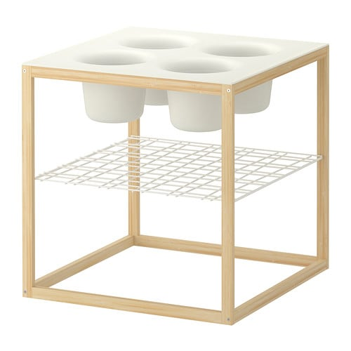 IKEA PS 2012 Apupöytä, jossa 4 kulhoa IKEA Kulhot soveltuvat moneen käyttöön, esimerkiksi kukkaruukuiksi tai tarjoiluastioiksi.