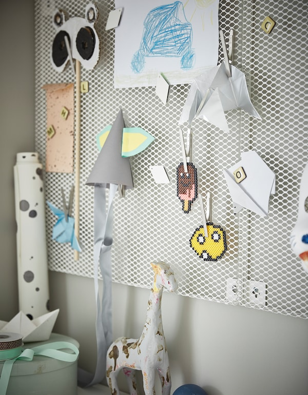 SÖDERGARN Muistitaulu+magneetit, valkoinen, 60x60 cm