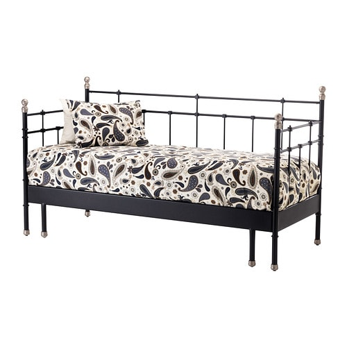 SVELVIK Sohvasängynrunko IKEA Kaksi toimintoa yhdessä: päivisin sohva, öisin sänky.