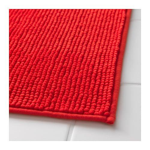Wundersch nen tapis de bain rouge l 39 id e d 39 un tapis de bain - Tapis de bains ikea ...
