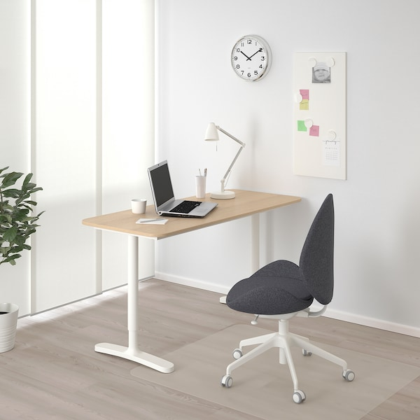 BEKANT Bureau, plaqué chêne blanchi/blanc, 140x60 cm