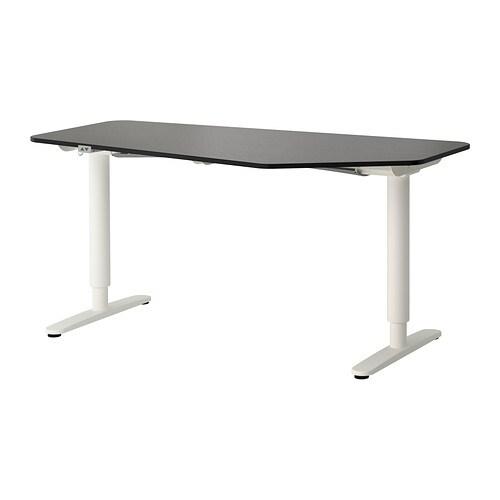 bekant bureau polygone assis debout brun noir blanc ikea. Black Bedroom Furniture Sets. Home Design Ideas