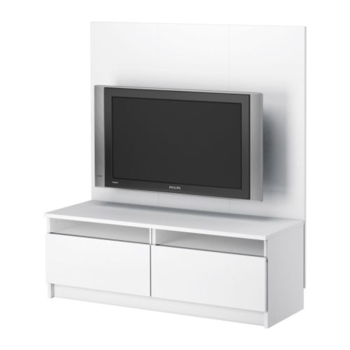 Installer sa tv au mur conseils astuces et photos for Porta tv angolare ikea