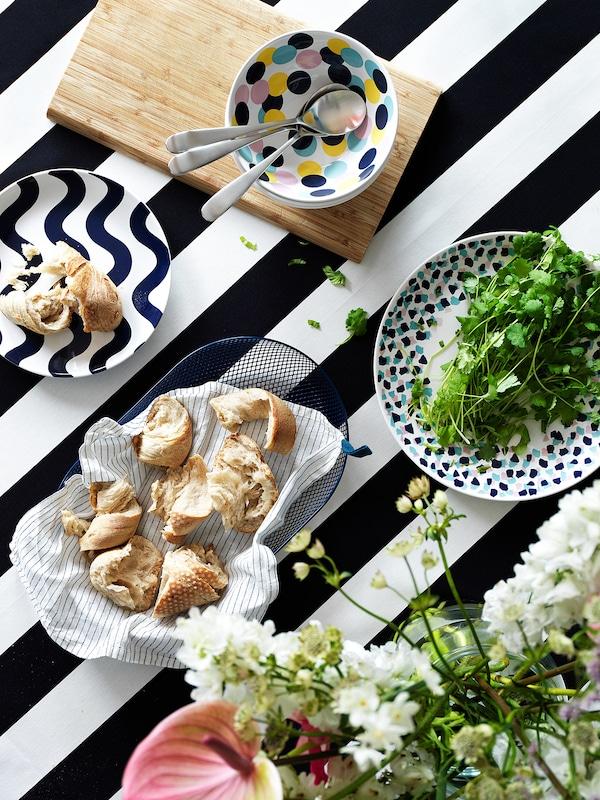 gruppera serviette de table blanc noir ikea