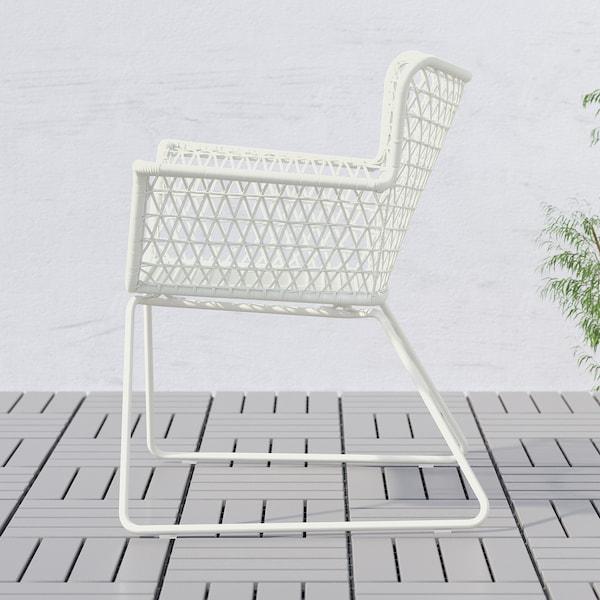 HÖGSTEN Chaise avec accoudoirs, extérieur, blanc
