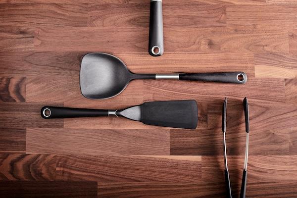IKEA 365+ HJÄLTE Spatule pour wok, acier inoxydable/noir