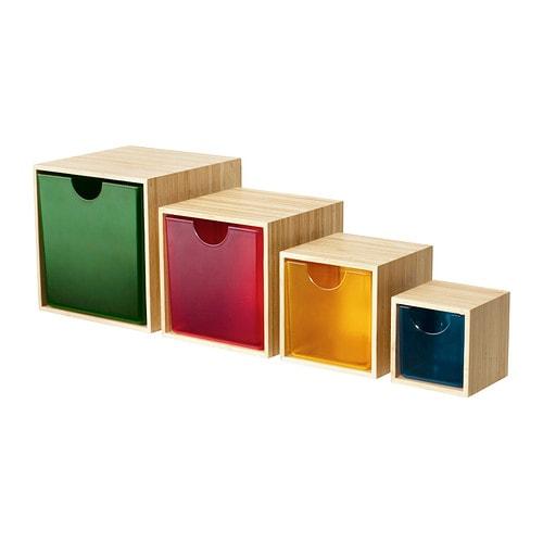 IKEA PS 2012 Tiroir, lot de 4 IKEA Ces boîtes sont idéales pour ranger vos accessoires de bureau, pinces à cheveux, bijoux ou autres petits objets.