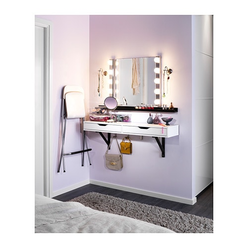 creer son miroir pour sa coiffeuse. Black Bedroom Furniture Sets. Home Design Ideas
