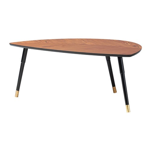 L vbacken table basse ikea for Table a manger triangulaire