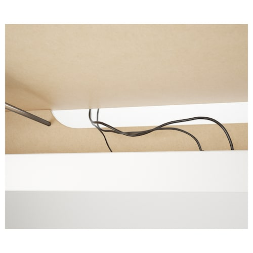 https://www.ikea.com/fr/fr/images/products/malm-desk-with-pull-out-panel-white__0403679_PE565683_S5.JPG?f=xs