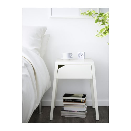 selje table de chevet blanc ikea. Black Bedroom Furniture Sets. Home Design Ideas
