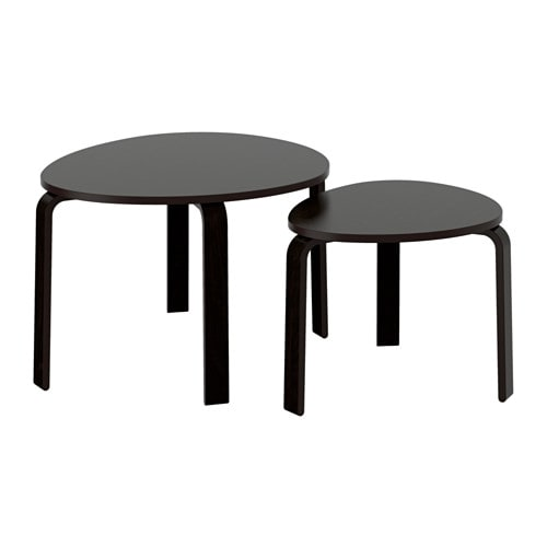 Svalsta tables gigognes lot de 2 teinture noir brun ikea - Table basse brun noir ...