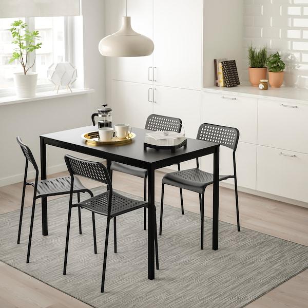 Table et 4 chaises TÄRENDÖ / ADDE noir