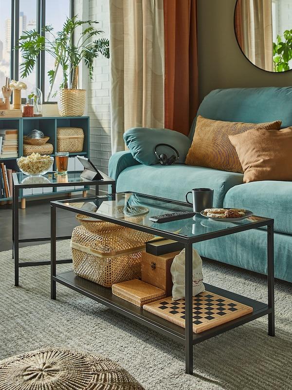 VITTSJÖ Tables gigognes, lot de 2, brun noir/verre, 90x50 cm