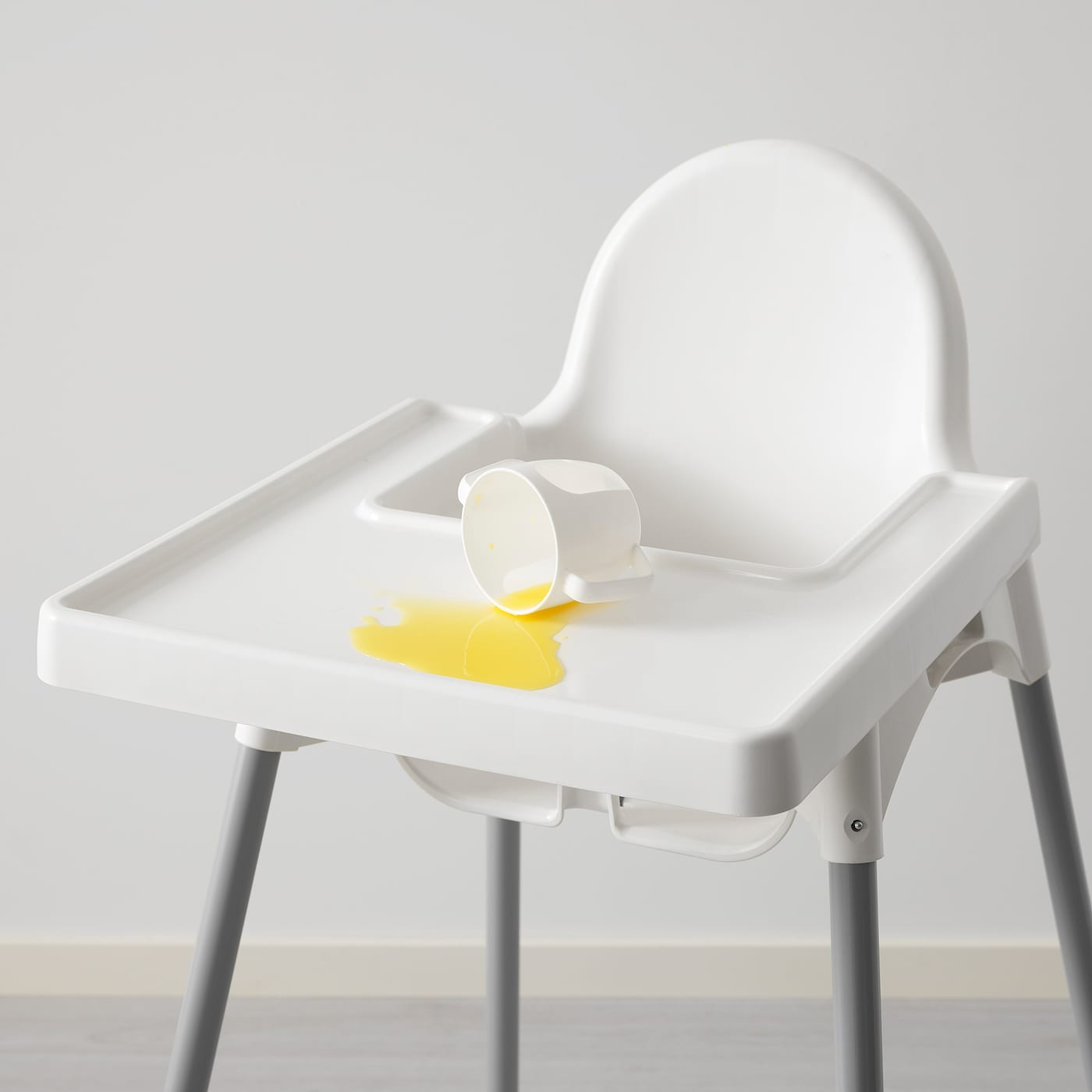 ANTILOP Highchair with tray silver colour white, silver colour